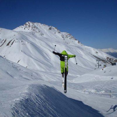 ski-springen-schnee